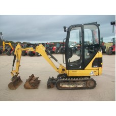2015 Cat 301.4 mini digger  c-w quick hitch and 5 buckets